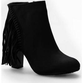 Kotníkové černé boty s třásněmi - C138 velikost: 36, odstíny barev: černá